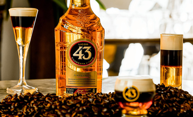 licor 43 flaska med hot shot