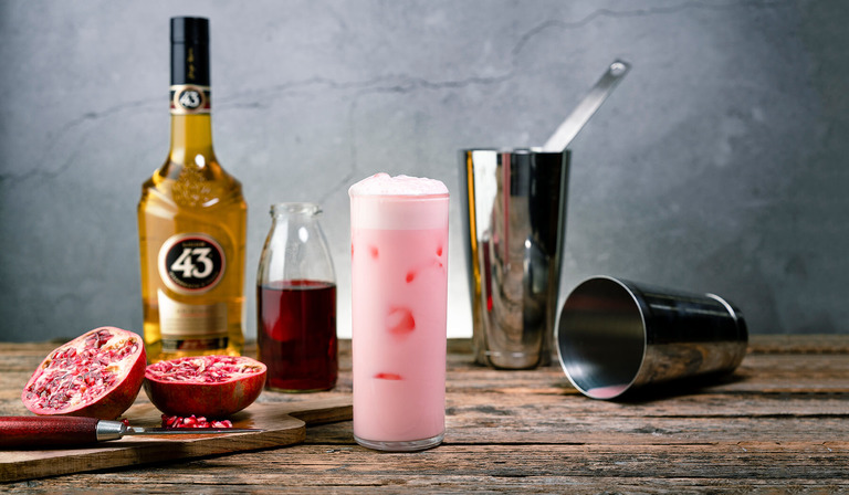 Rosa Panter 43 - drink Licor 43
